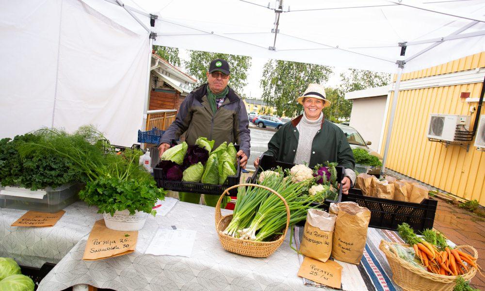 odlare säljer grönsaker